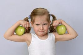 PMR für Kinder, Mädchen entspannt